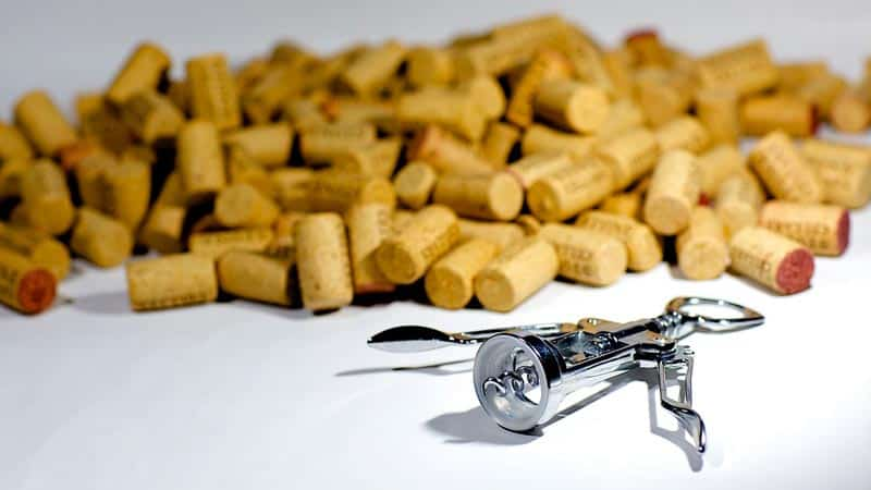 A Look at Different Types of Wine Bottle Openers