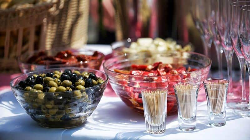 What to Ask Before Hiring a Food Catering Service