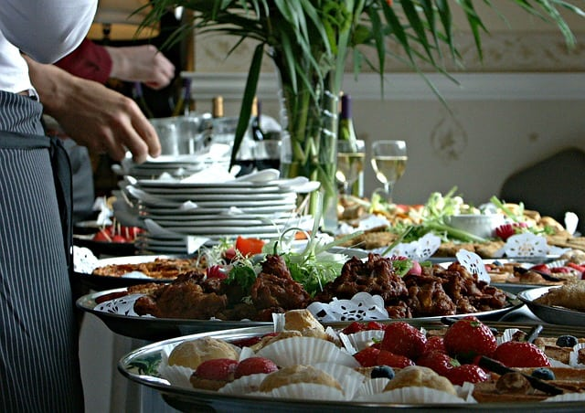 Catering Tips: How Much Food Is Enough?